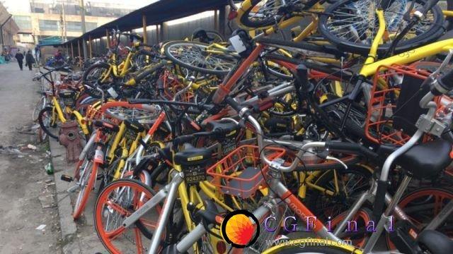 乱停乱放随处见 数百万辆共享单车要怎么管?